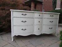 Bow Front Vintage/Shabby French Provincial Dresser