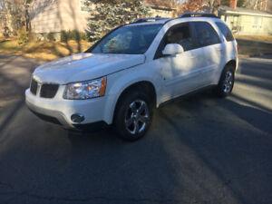 2008 Pontiac Torrent SUV LOW KMS FOR $3500