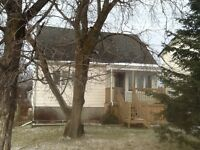 House for Rent on Maplewood Ave - 6 Bedroom / 3 Bathrooms