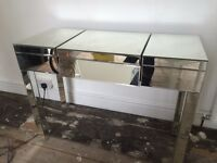 Mirrored Dressing Table (like new)