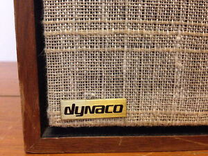 A SINGLE cabinet of classic Dynaco A35 in excellent condition.