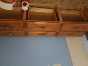 Headboard & drawers for queen bed