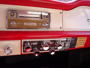 International Truck 8-Track/Player