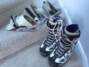 Men's Burton size Medium bindings and size 9.5 men's DC boots