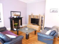 Short Term Let (1-3 Months) Large two bedroom flat in Marchmont next to Meadows & University (268)