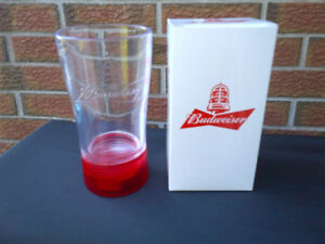 BUDWEISER RED LIGHT GOAL BEER GLASS NHL MUG WITH BOX