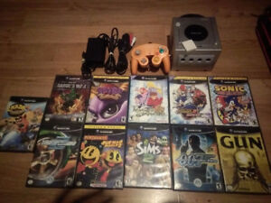 Nintendo GameCube with 1 controller, memory card and 11 games