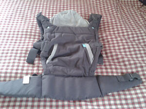 """INFANTINO 'Cuddle Up"""" Baby Carrier - LIKE NEW!"""