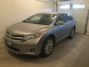 2015 Toyota Venza Lease take over low payment
