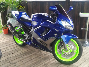Mint 2002 cbr f4i sell or trade for 1000cc bike