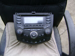 2005 honda accord  factory radio
