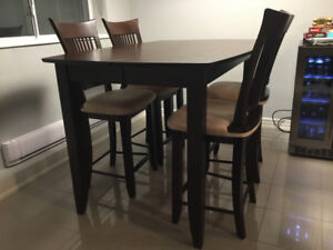 Solid Wood Kitchen Table (Counter Height) with 4 Matching Chairs