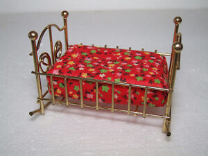 LOT OF 5 METAL VINTAGE COLLECTIBLE DOLLHOUSE FURNITURE London Ontario image 3