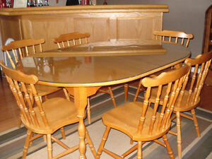 Roxton Maple Table and chairs.