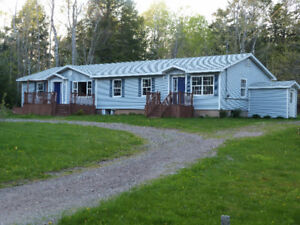 NEW PRICE Home w/ in-law/rental suite (83,000+ below assessment)