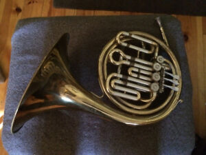 Getzen Caravelle double f/b-flat consolation French Horn