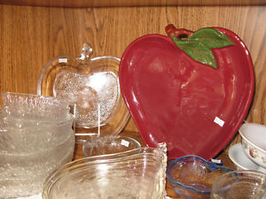 Apple Themed Dishes at KeepSakes Antiques Shoppe