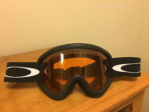 Oakley Snow Googles Great Condtion