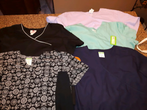 New and gently used scrub top lot of 5 tops