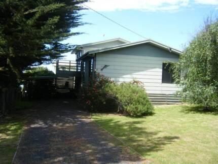 A good house by the  sea. Smiths Beach Bass Coast Preview