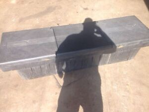Tool box for 1/2 ton truck