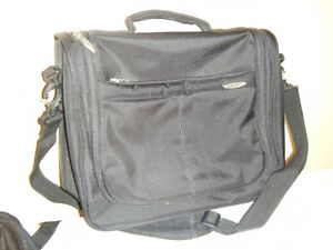Carrying case for laptops 15/16 inch