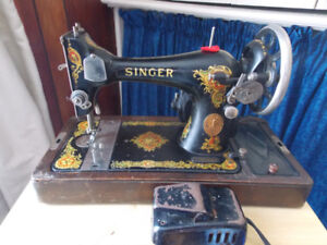 1924 Singer Sewing Machine For Sale