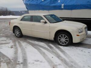 Chrysler 300 AWD