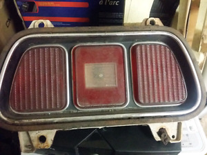 1971 1972 1973 Mustang taillight