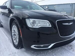 Chrysler 300 TOURING / CUIR / TOIT PANORAMIQUE /BANC CHAUFFANT 2