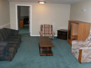 **AVAILABLE NOW All- Inclusive** CLEAN Apartment in Waterloo