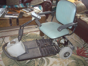 FORTRESS 3 WHEEL POWER SCOOTER $105.00