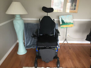 Deluxe Rovi x3 power wheelchair for sale