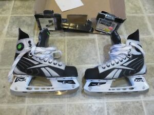 *Brand New* Reebok JR Silver Hockey Skate Size 4.5D