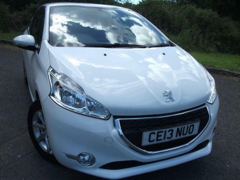 2013 13 PEUGEOT 208 1.2 ACTIVE 3D 82 BHP ** 60 MPG , ONLY £20 ROAD TAX **