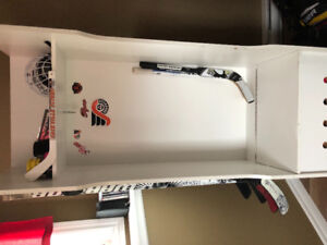 Hockey locker