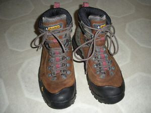 BOOTS for hiking, backpacking, rubber, climbing SHOES