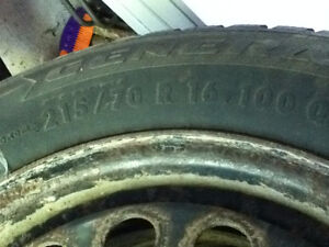 215 70 R16 ----- Winter tires, like new, used one season