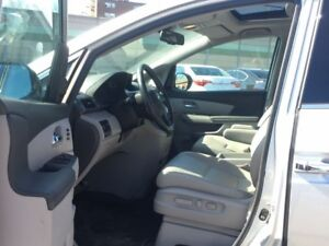2014 Honda Odyssey Touring-NAVI-ROOF-NO ACCIDENTS!!!