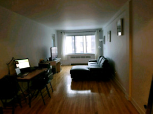 3.5 BACHELOR APPARTMENT IN COTE-SAINT-LUC/NDG, AVAILABLE IN MAY