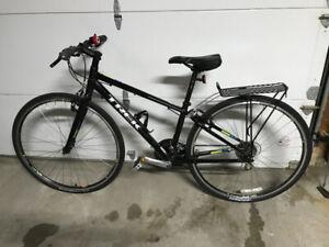 Trek FX 7.2 Hybrid Bike - Like New