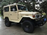 1982 Toyota FJ40 Land Cruiser BJ42