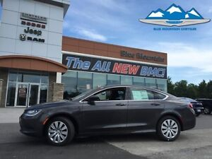2016 Chrysler 200 LX  WARRANTY, ACCIDENT FREE, EASY FINANCING
