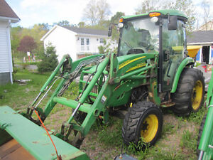 John Deere 4320 heated cab and loader NEW PRICE!