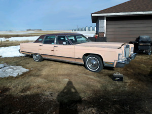 1977 lincoln good solid running project.
