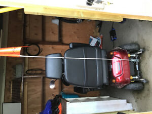 Electric wheelchair/scooter Shoprider