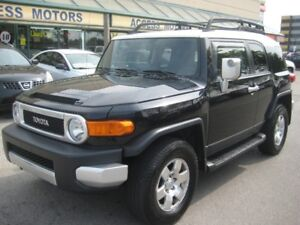 2007 Toyota FJ Cruiser, Fully Loaded, Extra Clean, A Real SUV