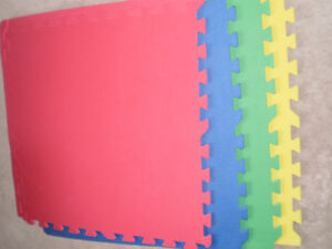 Interlocking Foam Mats, 12 pieces and Yoga Mat and Blocks