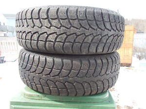 P225/65/17 inch Winter Tires / GOOD DEAL / LOTS OF TREAD