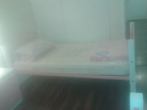 Bunk bed pink and white colour metel